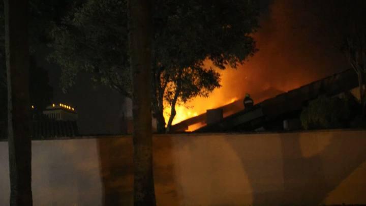 Incêndio atinge residência no bairro Três Figueiras
