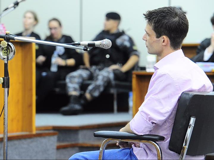 Eduardo Farenzena depõe no julgamento pela morte de Caren Brum Paim