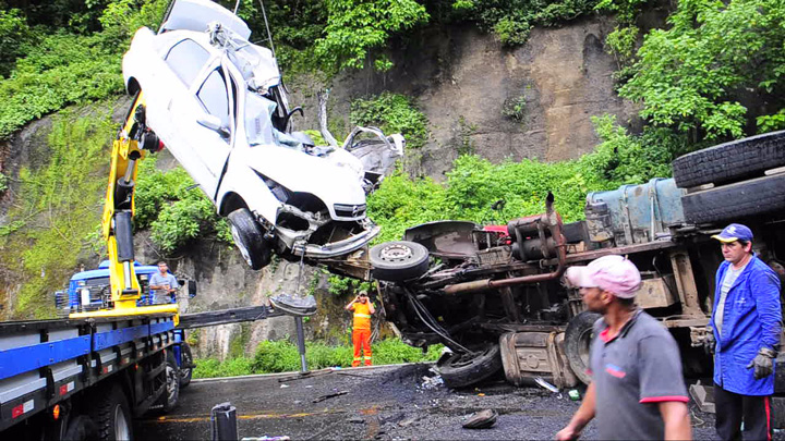 Acidente deixa um morto na BR-116, próximo ao pedágio de Vila Cristina, em Caxias do Sul