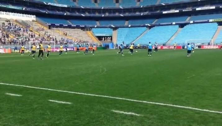 No Dia das Crianças, treino do Grêmio é acompanhado pela torcida