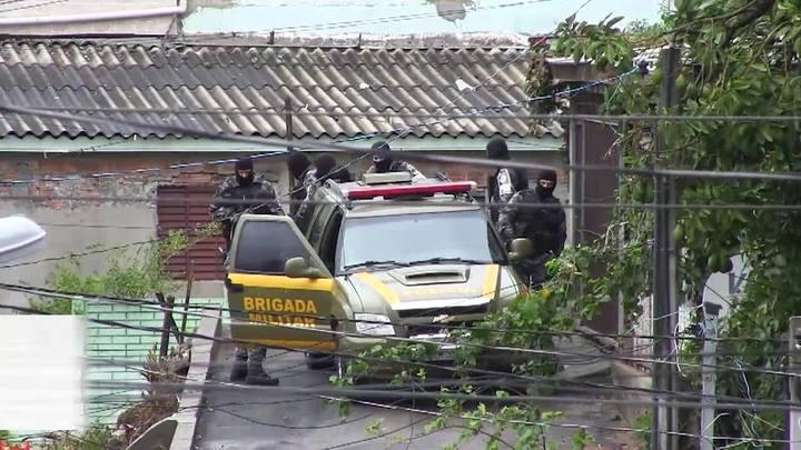 Presos aproveitam barulho da chuva e fogem pelo telhado de instituto penal em Porto Alegre
