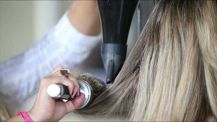 Donna - Dicas para fazer a escova perfeita nos cabelos