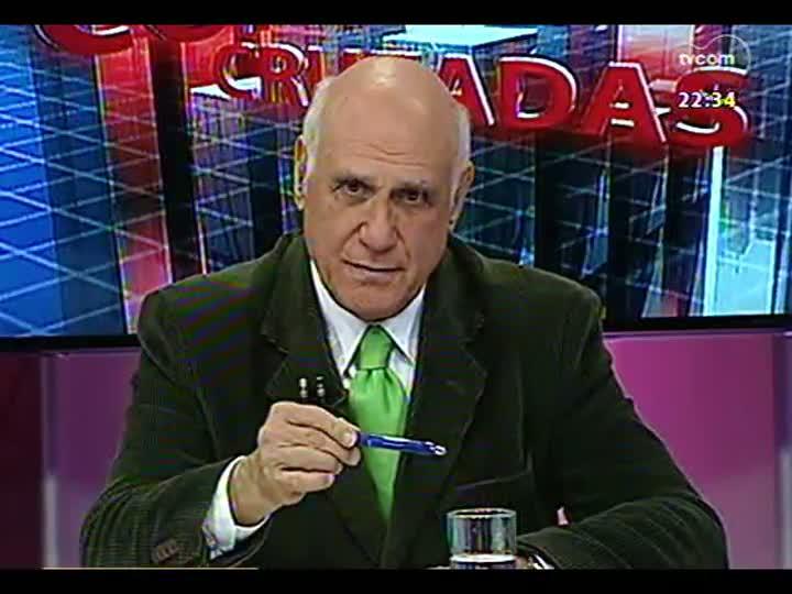 """Conversas Cruzadas - Debate sobre os prós e contras do programa \""""Mais Médicos\"""", lançado pelo governo federal - Bloco 2 - 09/07/2013"""