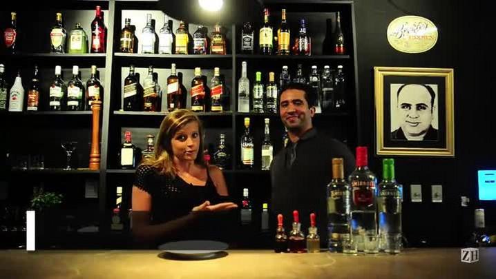 Aprenda a fazer um dos drinks mais pedidos na drinqueria Capone