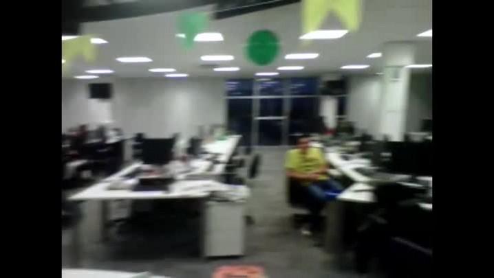 Redação do DC comemora vitória do Brasil nos pênaltis