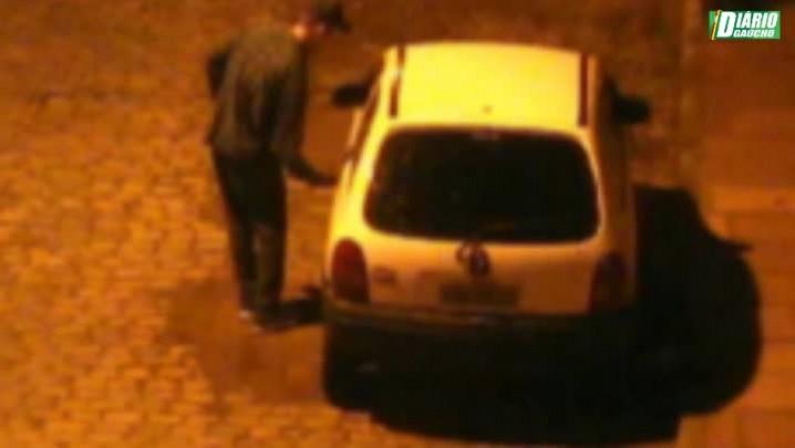 Câmeras flagram tentativas de furtos de veículos no centro de São Leopoldo