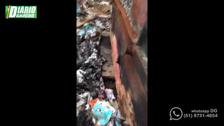 Polícia descobre esconderijo de maconha em vila da Capital
