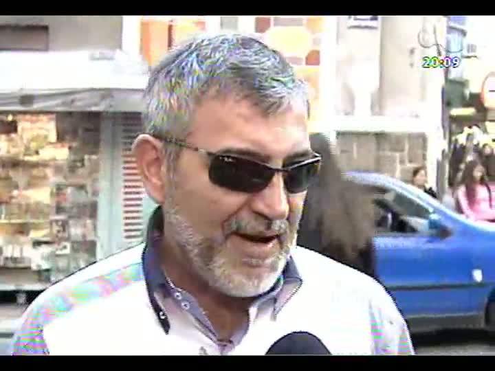 TVCOM 20 Horas - Dia da Liberdade de Impostos: advogado fala sobre os tributos que os consumidores pagam diariamente - Bloco 2 - 21/05/2013