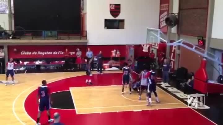 Wizards treina no Rio antes de jogo da NBA