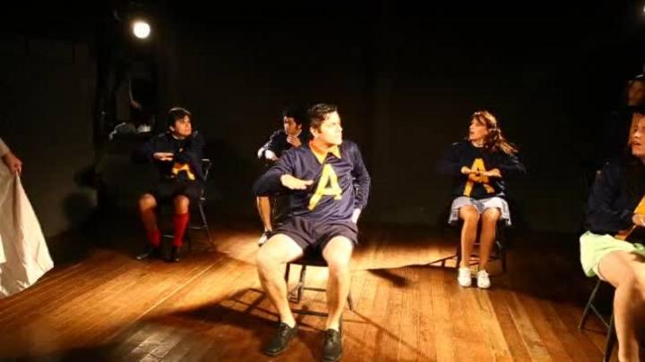 Bailei na Curva: uma das peças mais populares do teatro gaúcho completa 30 anos