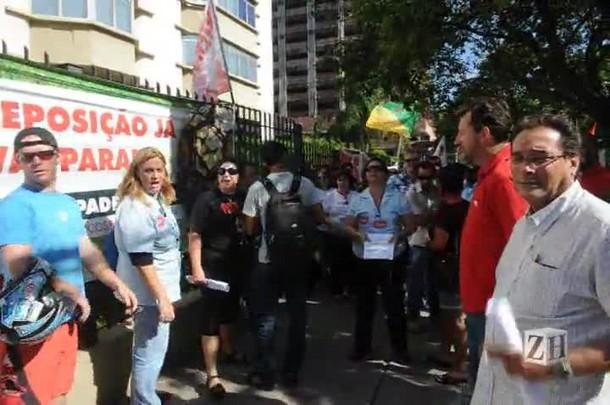 Rodoviários mostram insatisfação a representante de sindicato
