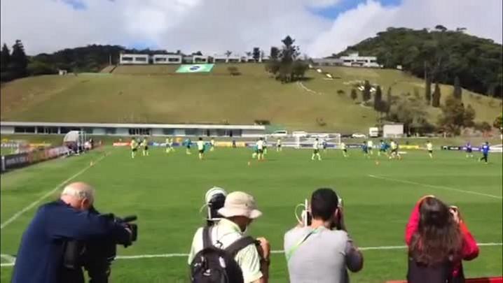 No segundo dia de treinos, Felipão escala time que venceu Copa das Confederações. 29/05/2014