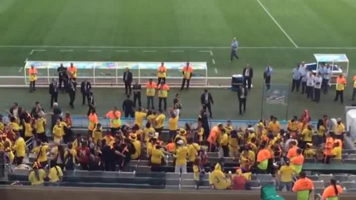 Veja o momento em que Falcao García é ovacionado pela torcida colombiana