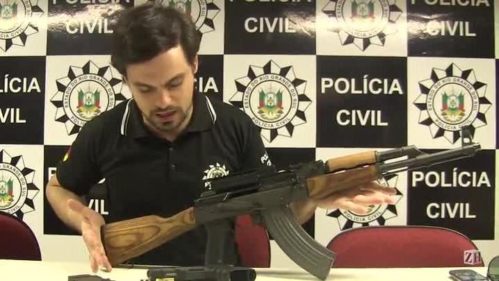 Polícia apreende fuzil no bairro Tristeza, em Porto Alegre