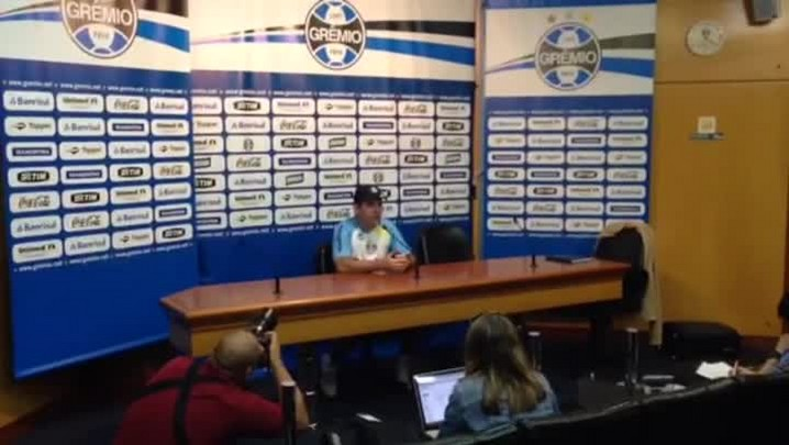 Enderson Moreira: sempre que possível vou usar Grêmio com força máxima no Gauchão