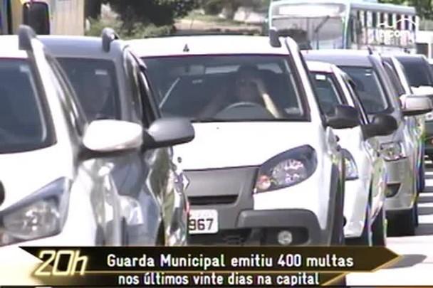 TVCOM 20h - Mesmo sem radares, mais de 400 multas foram emitidas nos últimos dias - 8.1.15