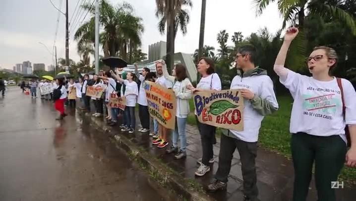 Abraço simbólico ao Jardim Botânico de Porto Alegre
