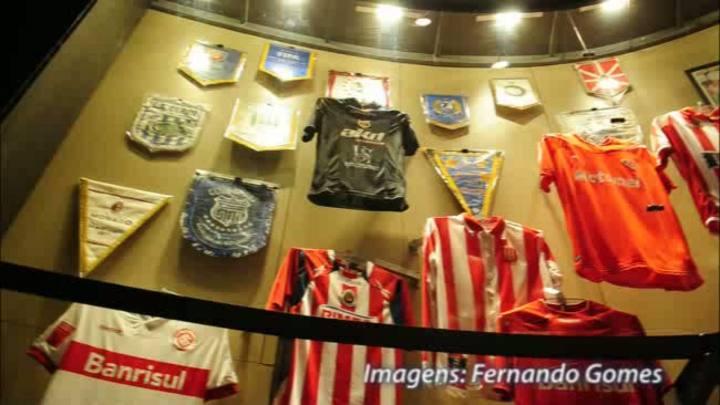 Inter inaugura exposição que destaca os títulos internacionais