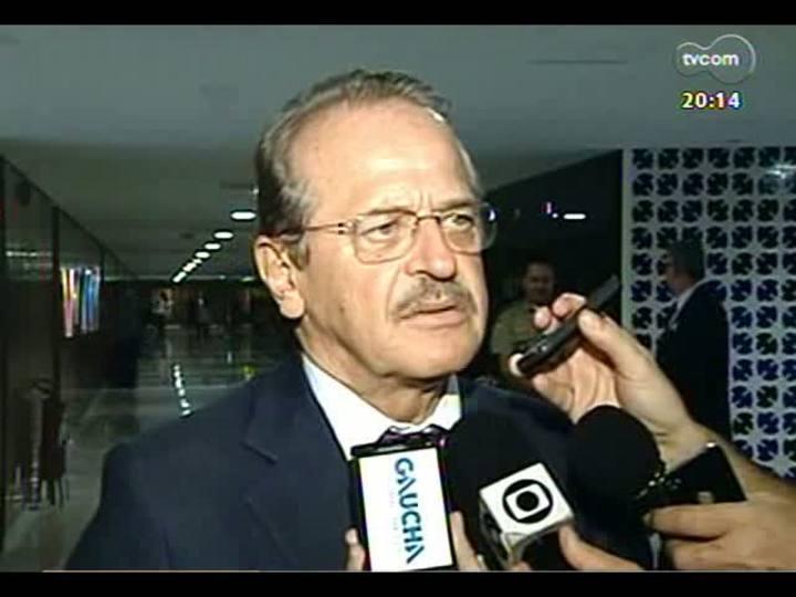 TVCOM 20 Horas - Tragédia em Santa Maria: inquérito policial é entregue à justiça - Bloco 2 - 22/03/2013