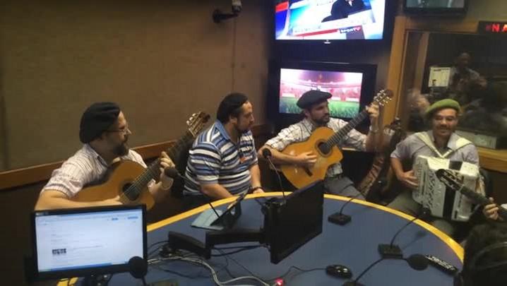 César Oliveira e Rogério Melo na Rádio Gaúcha - Pra Bailar de Cola Atada