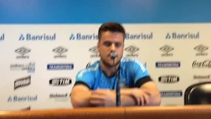 """Após retorno, Ramiro fala de objetivo no Grêmio: \""""Estou disposto a ajudar\"""""""