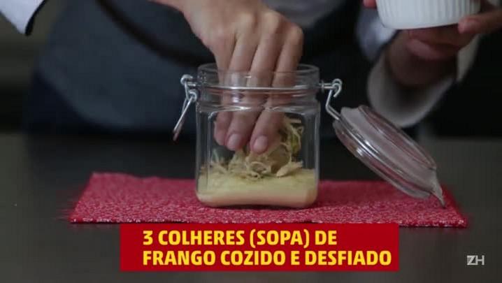 Como montar uma salada de pote