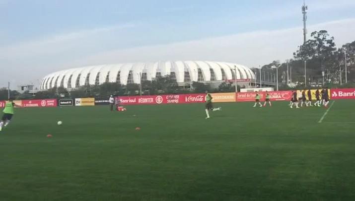 Após derrota, Inter treina pensando no Vitória