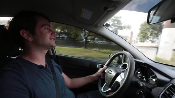 Juliano Passini: ator e motorista de Uber |