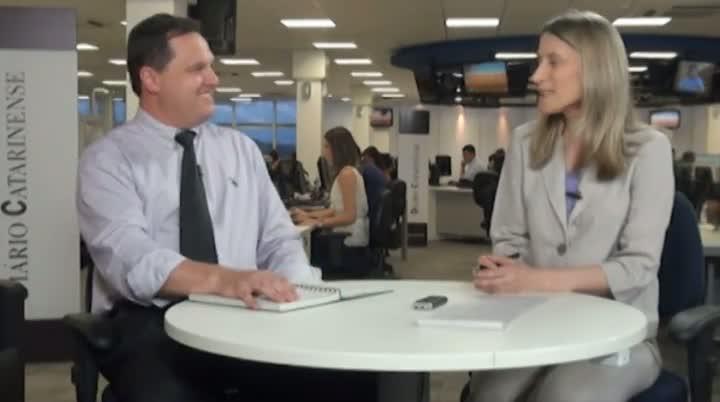 Estela Entrevista Nelton Baú