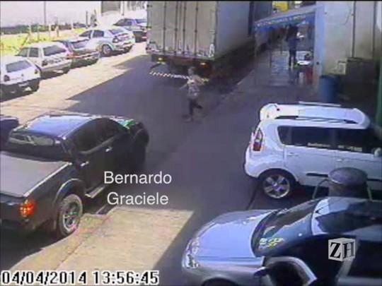 Imagens mostram os últimos instantes de Bernardo com vida