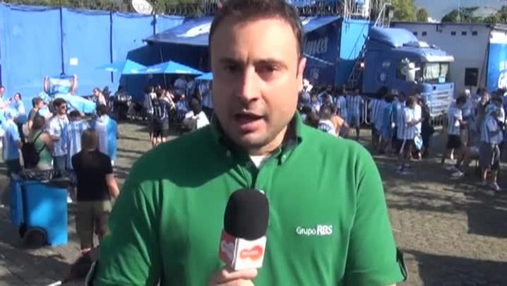 Argentinos invadem o Maracanã antes da partida contra a Bósnia