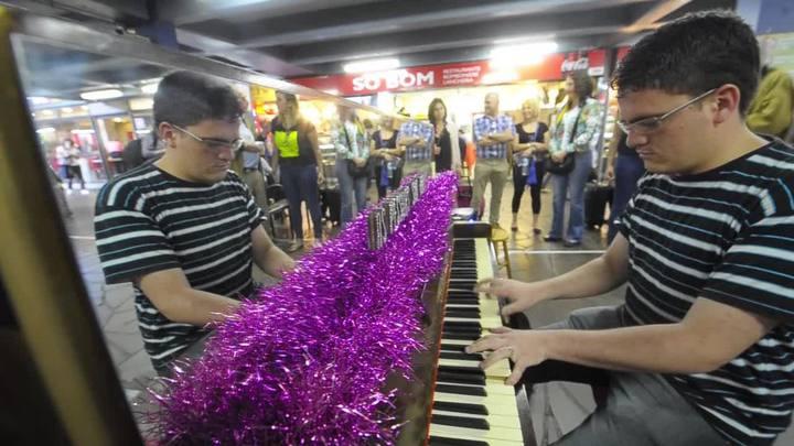 Projeto Piano Livre estreia em Porto Alegre