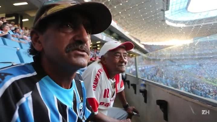 Sarará e Baiano assistem ao Gre-Nal 405 na Arena