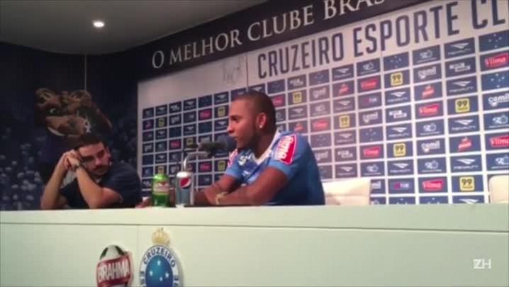 "Willians revela mágoa sobre a saída do ex-clube: \""Coloquei o Inter na Libertadores\"""