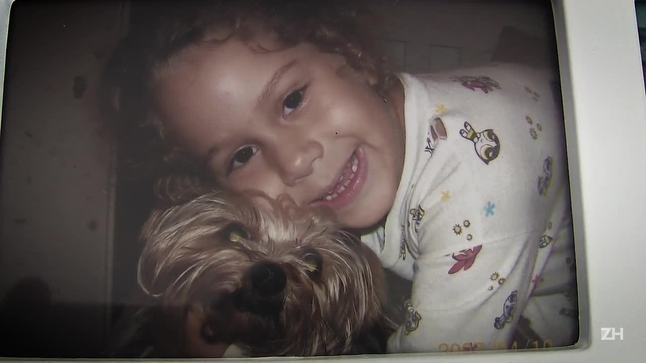 Mulher acusa vizinho de matar cachorro de estimação com chute