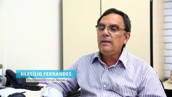 Estela Benetti entrevista Hercílio Fernandes