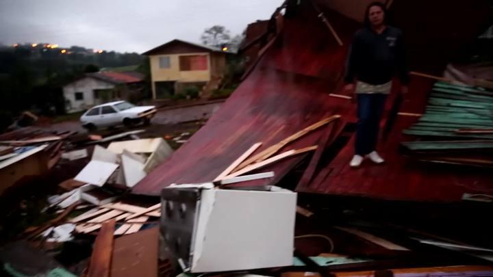 Relatos sobre um tornado