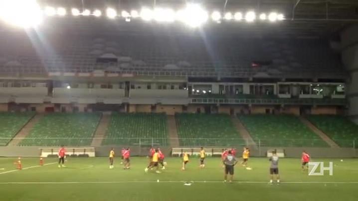 Inter treina no Estádio Independência