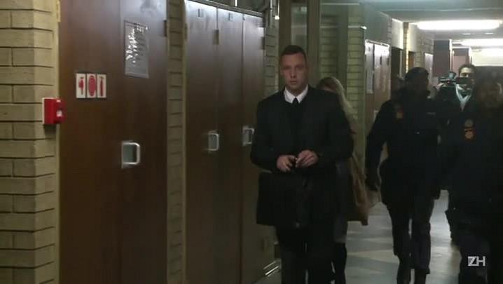 Pistorius foi hospitalizado após acidente na prisão