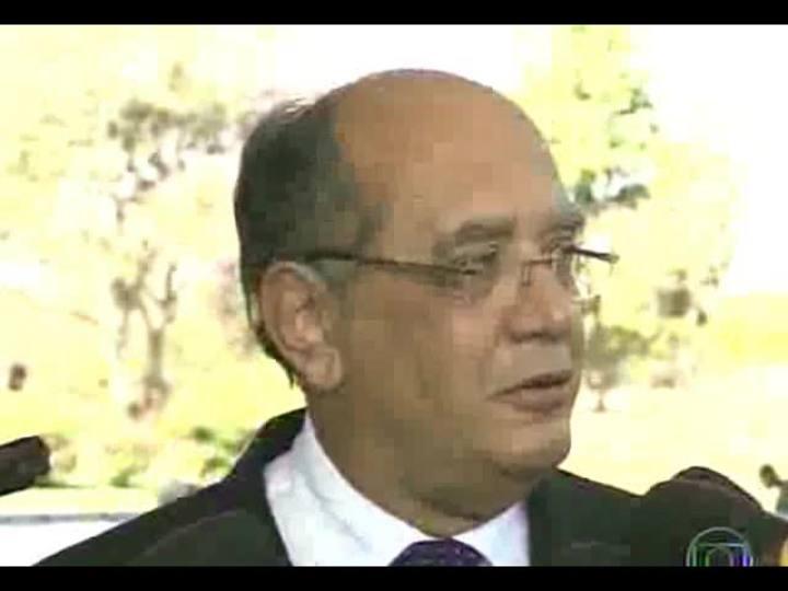 Conversas Cruzadas - Debate sobre as polêmicas da semana: a chegada em fuga do senador boliviano, a vinda dos médicos cubanos, e muito mais - Bloco 1 - 30/08/2013