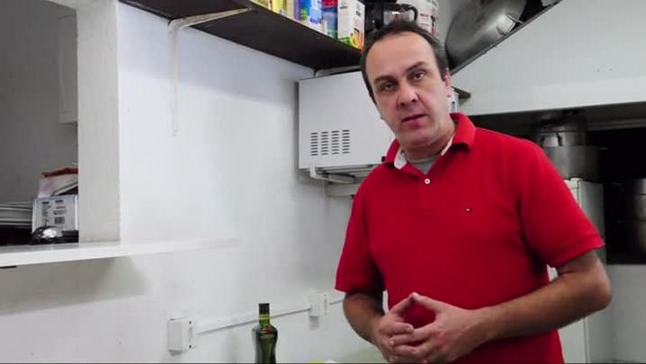 Risoto de Camarão Rosa em gomos puxados com alho Poró