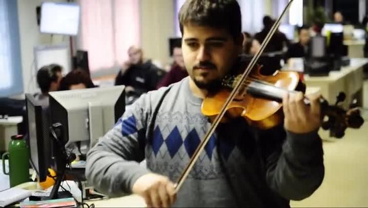 Redação do Diário foi palco de uma intervenção musical