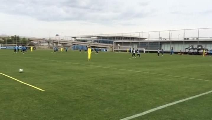 Grêmio treina para enfrentar o Atlético-MG