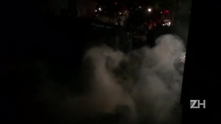 Casa pega fogo no bairro Jardim Floresta