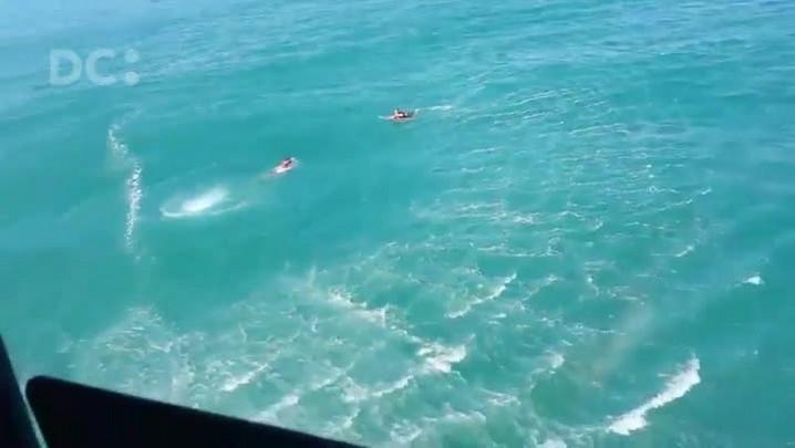 Resgate do kite-surfista na Praia Mole