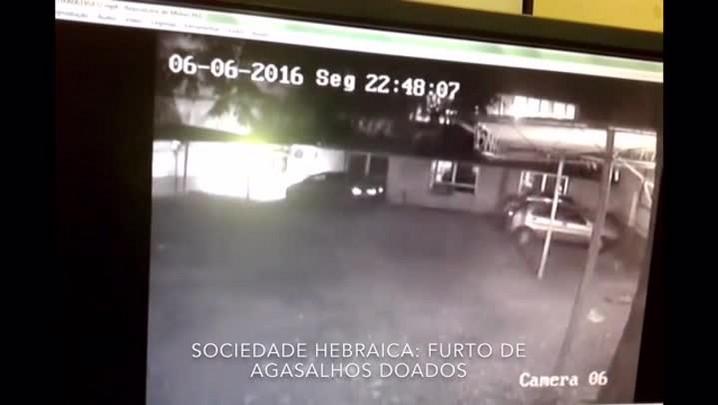 Câmeras flagram furto de agasalhos na Sociedade Hebraica, em Porto Alegre