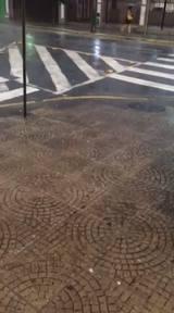 Chuva de granizo causa transtornos em Joinville