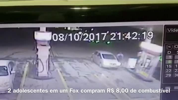 Polícia Civil divulga imagens de adolescentes comprando combustível para matar mãe e duas filhas em Capela de Santana