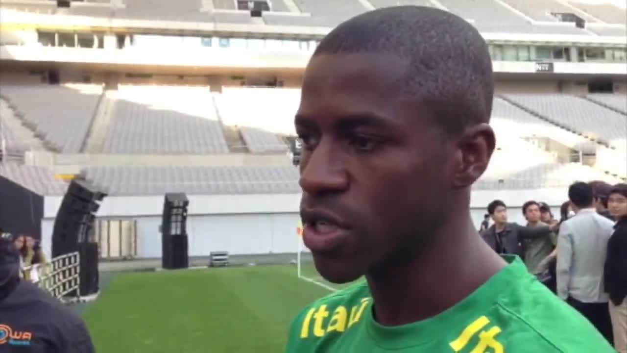 Ramires fala sobre a possibilidade de atuar ao lado de oscar, companheiro no Chelsea - 11/10/2013