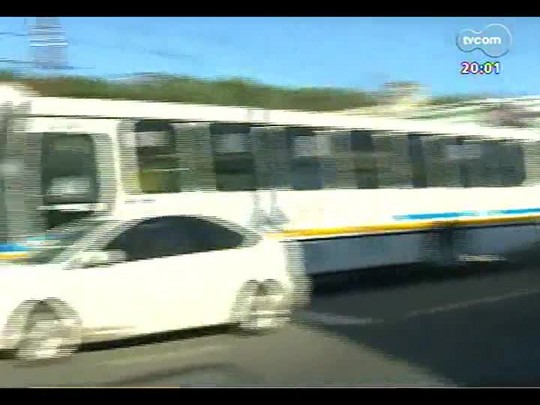 TVCOM 20 Horas - Transtornos no trânsito após novo protesto dos Rodoviários em POA - Bloco 1 - 16/01/2014